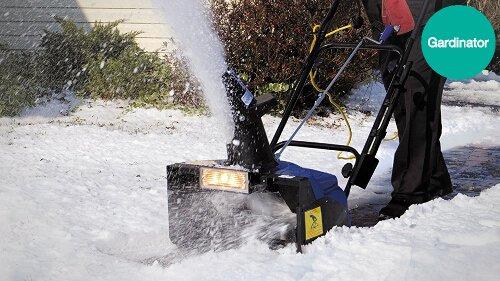 Can you shovel a gravel driveway?