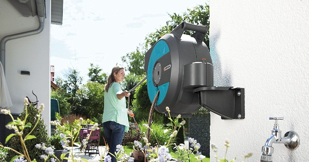 best retractable garden hose reel