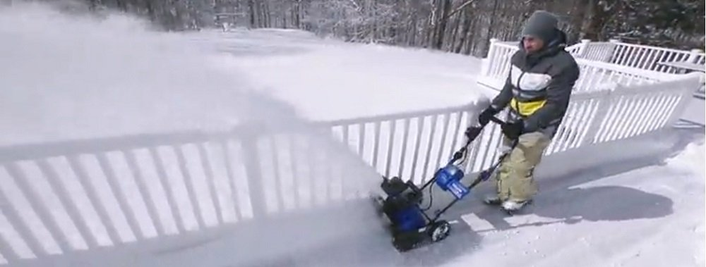 Snow Blower Electric or Gas